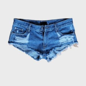 THE BELT JEANS GREAT COND RIP DESTROY JEAN SHORTS